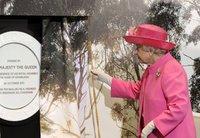 Елизавета Вторая посетила австралийский Мельбурн. queen