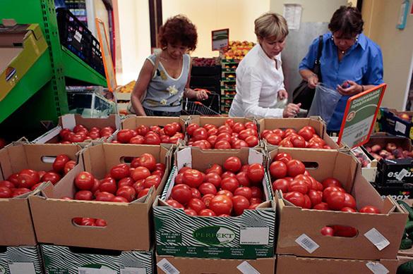 Россияне покупают помидоры втридорога из-за помидорной войны с
