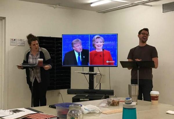 Эксперты из США: Клинтон позорно проиграла бы любые выборы