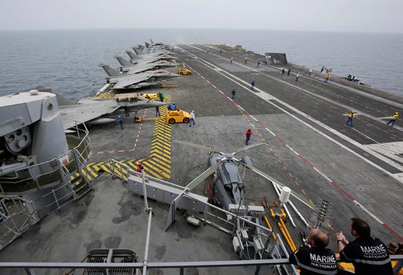 Французские истребители то и дело наведываются к позициям боевиков в Ираке. Французские истребители