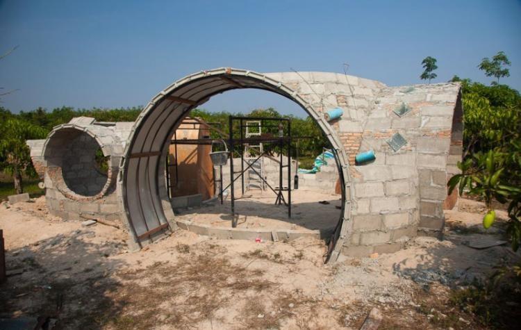 Необычный дом за 40 дней: что создал молодой человек на небольшом участке. 404921.jpeg