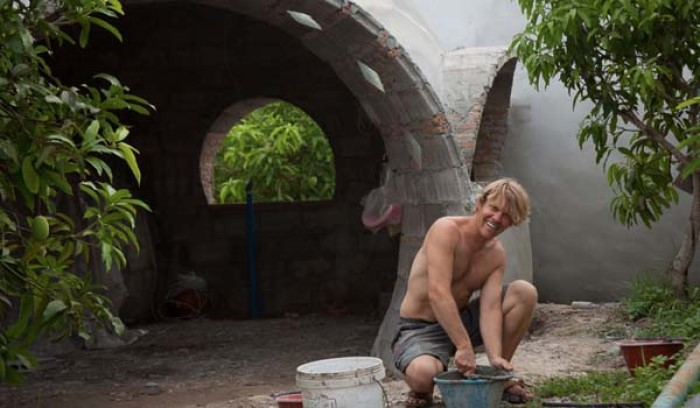 Необычный дом за 40 дней: что создал молодой человек на небольшом участке. 404922.jpeg