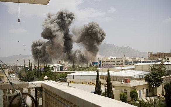 Коалиция снова начала бомбить Йемен. В Йемене возобновлена операция