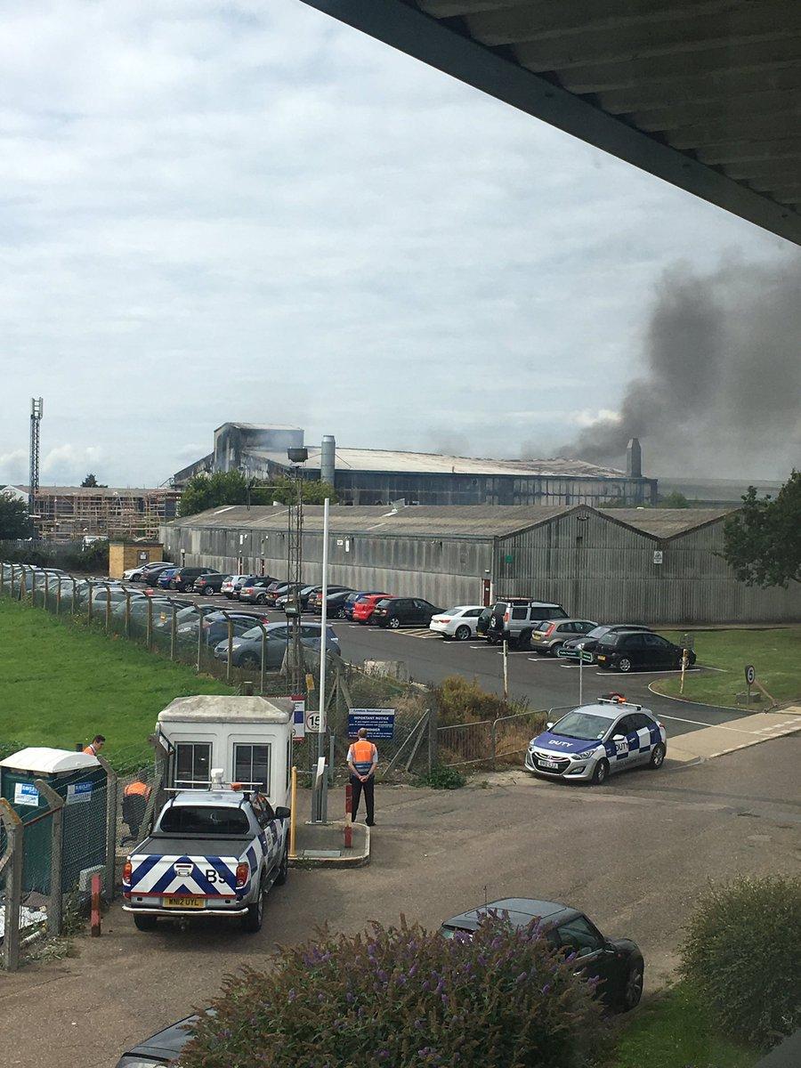 В Лондоне в районе аэропорта в Саутенде прогремел взрыв. В Лондоне в районе аэропорта в Саутенде прогремел взрыв