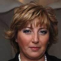 Инна Новикова: По главной улице в коляске…