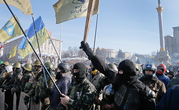 Активисты штурмом взяли штаб Партии регионов в Киеве. 288926.jpeg