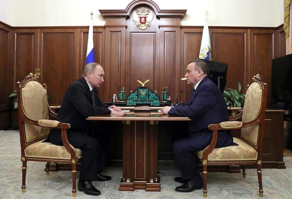 Путин вручил врио главы Марий Эл папку жалоб от жителей республики. 371927.jpeg