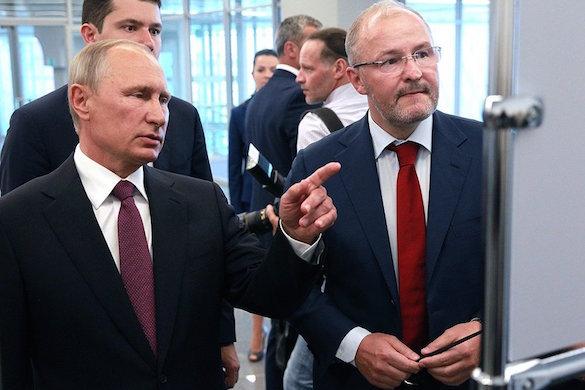 Президент России ознакомился с работой нового терминала калининградского аэропорта