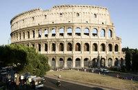 Вандалы осквернили два знаменитых римских фонтана. rome