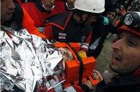 Женщина провела под завалами в Турции 66 часов. turkey