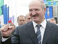 Лукашенко дал байкерам мастер-класс по вождению мотоцикла