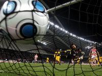 Гол Роналду отправил португальцев в полуфинал Евро-2012. 261930.jpeg