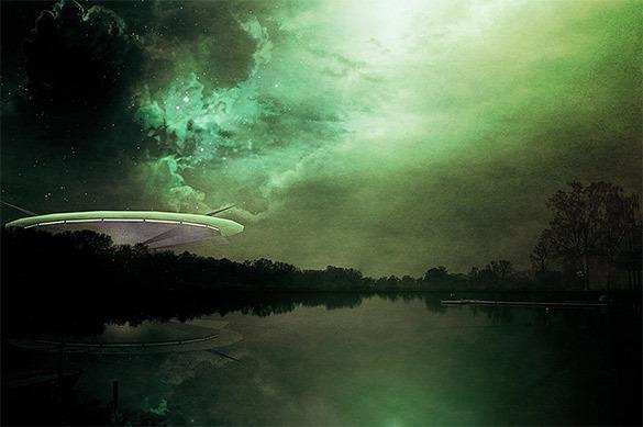 Хокинг рассказал, почему людям не стоит искать инопланетян