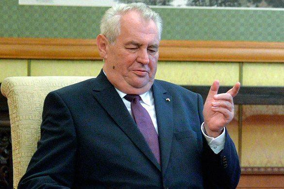 Президент Чехии признал себя тайнам агентом сразу нескольких с