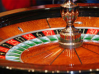 В подсобке покер-клуба милиционеры нашли рулетку
