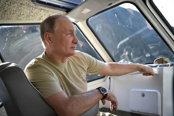 Владимир Путин исполнил мечту тяжелобольного мальчика. 395933.jpeg