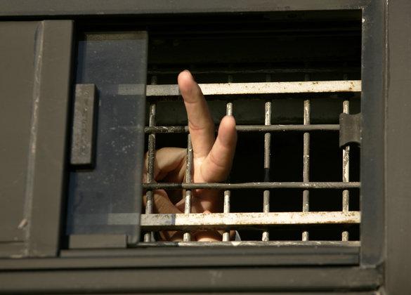 В Женеве преступник сбежал, пообещав вернуться, и сдержал обещание. В Женеве преступник сбежал, пообещав вернуться,
