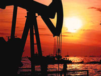 Китай создает стратегические запасы нефти