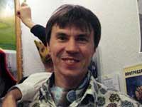 Избитого неизвестными саратовского журналиста выписали из