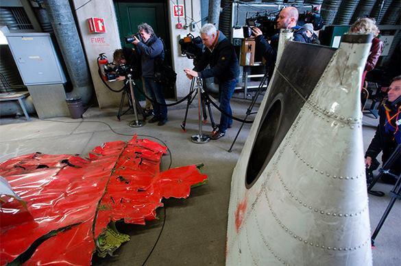 Глава голландских спецслужб обвинил Украину в уничтожении Boeing