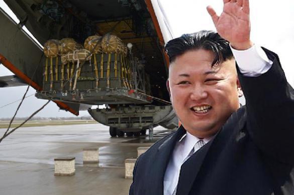 Ким Чен Ын летит в Сингапур с тоннами продуктов и машинами. 387946.jpeg