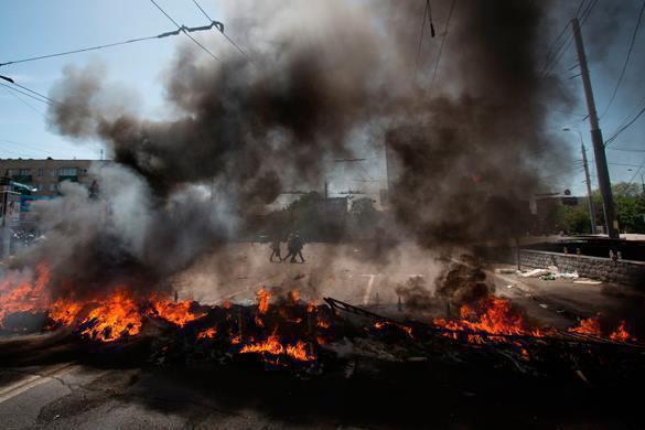 """В Одессе взорван """"фонд помощи воюющим с ополченцами"""". Пожар на улице города"""