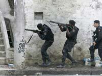 Полиция Рио-де-Жанейро штурмует городские трущобы