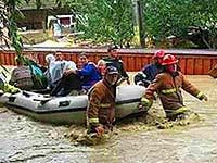 Власти Малайзии уточнили число жертв обрушения моста