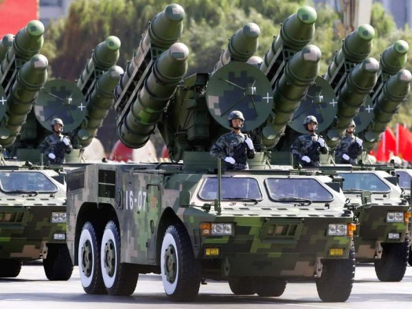 Le Temps: Россия готовится захватить Украину или США. Le Temps: Россия готовится захватить Украину или США