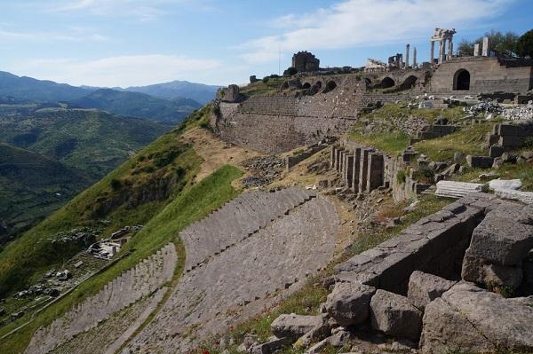 На какие курорты ездили древние римляне?. Древний Пергам