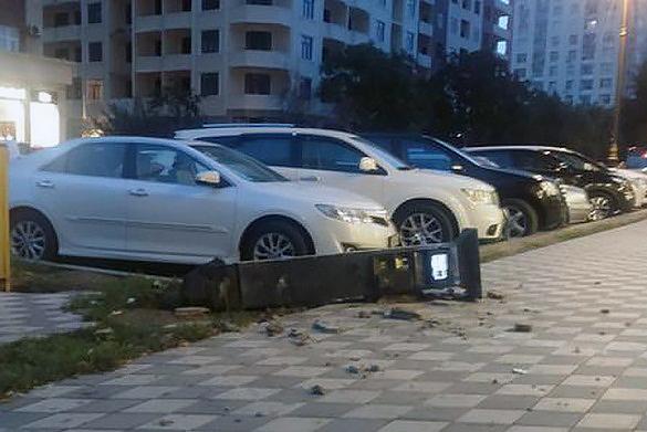 Бакинец разбил паркомат, не продавший ему билет в Россию. 377957.jpeg