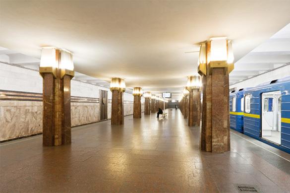 Встоличном метро неспешат снимать «колорадские» ленты