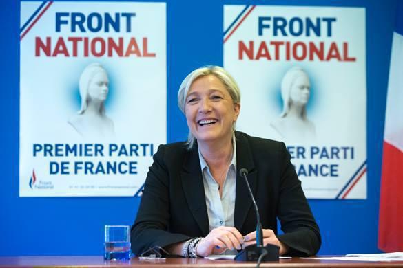 """Членство Ле Пена в """"Национальном фронте"""" приостановлено. Ле Пена могут исключить из НФ"""