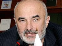 Неизвестные заблокировали дом главы осетинской общины в Москве