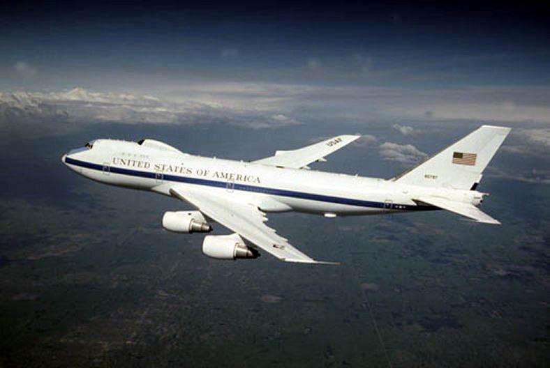 В США затопило авиабазу с
