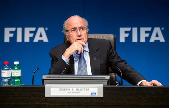 Блаттер оставляет пост президента ФИФА. Йозеф Блаттер