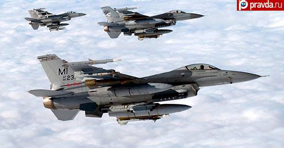 Москве предлагают смириться с полетами США над Черным морем