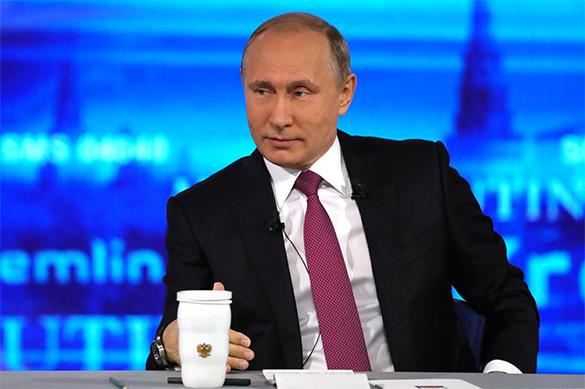 Путин обещал подумать о частичной выдаче маткапитала на руки