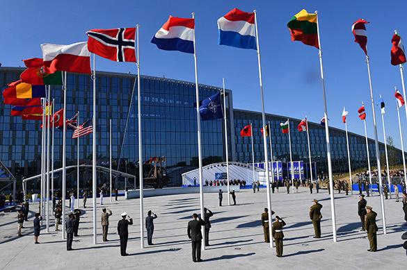 СМИ: РФ может понизить свое представительство при НАТО