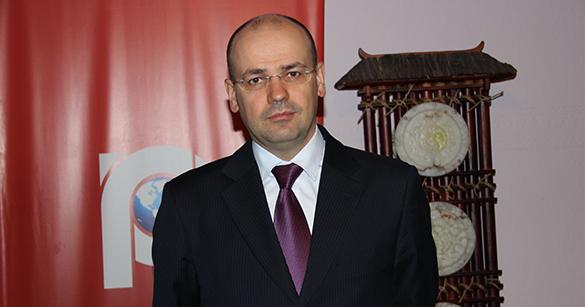 Константин Симонов: Роснефть хочет под шумок получить два триллиона. 301966.jpeg