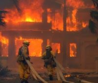 Пожар уничтожил две фабрики в Австрии