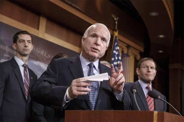 """Джон Маккейн - разведке: """"США могут доставить оружие на Украину хоть завтра, не смешите нас задержками"""". 312967.jpeg"""