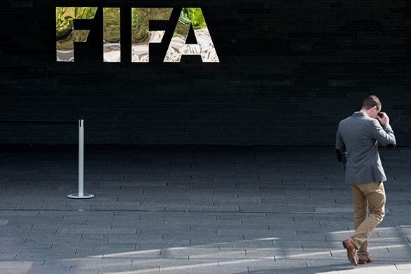 Преемника Блаттера выберут не раньше конца  2015-го. ФИФА