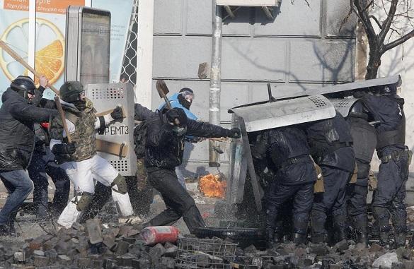Число жертв киевских беспорядков достигло 25 человек. 288969.jpeg