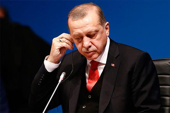Эрдоган раскритиковал Госдеп США за отказ проводить прием по слу