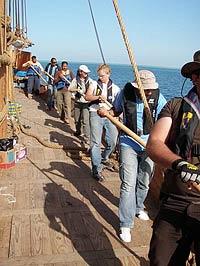 Рейсу древнеегипетского судна помешали пираты