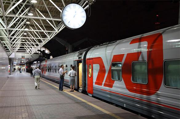 """Влюбленная девушка """"заминировала"""" два поезда, чтобы не дать уехать ухажеру. Влюбленная девушка заминировала два поезда, чтобы не дать уеха"""