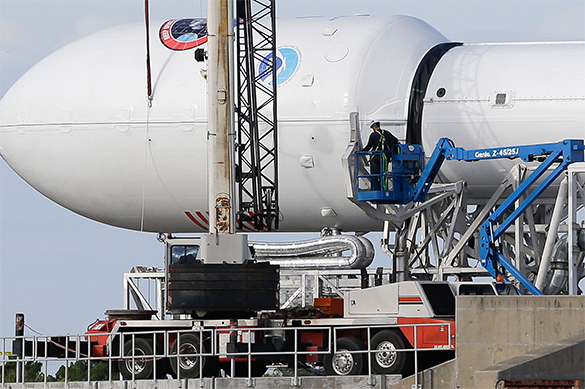 Америка запустила ракету-носитель Falcon 9