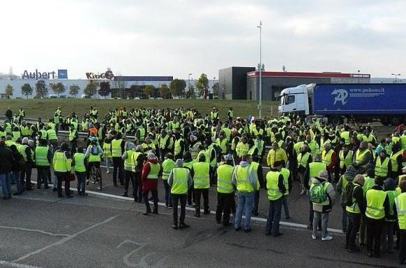 Влияет ли Россия на протесты