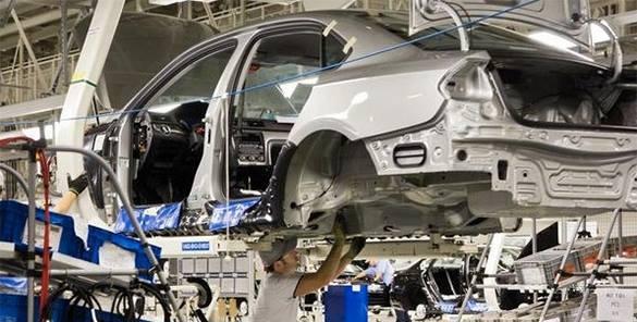 General Motors закрывает свой завод в Санкт-Петербурге. GM уходит из России